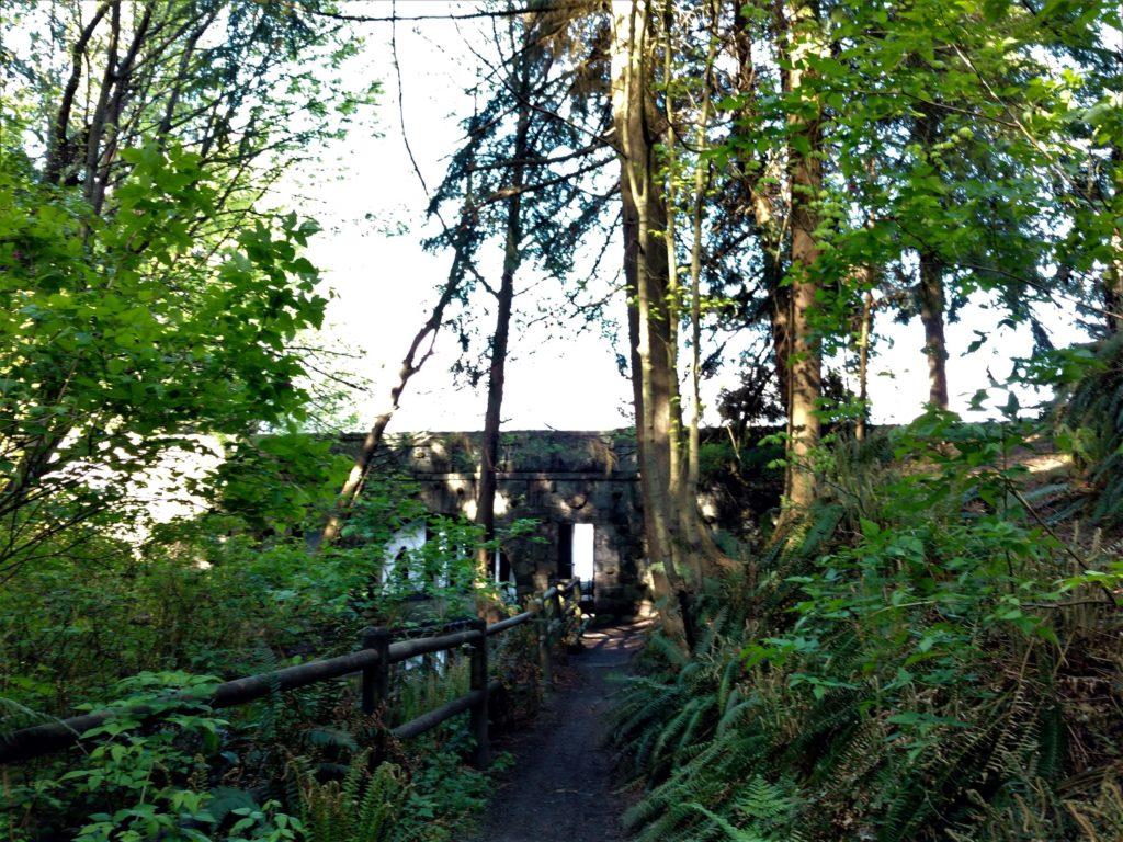 Stanley Park Tunnel Trail