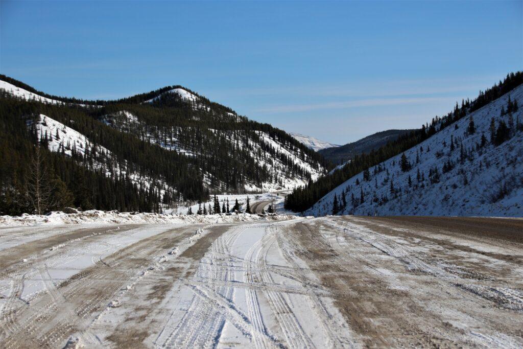 Beautiful but winding road leading towards Stone Mountain