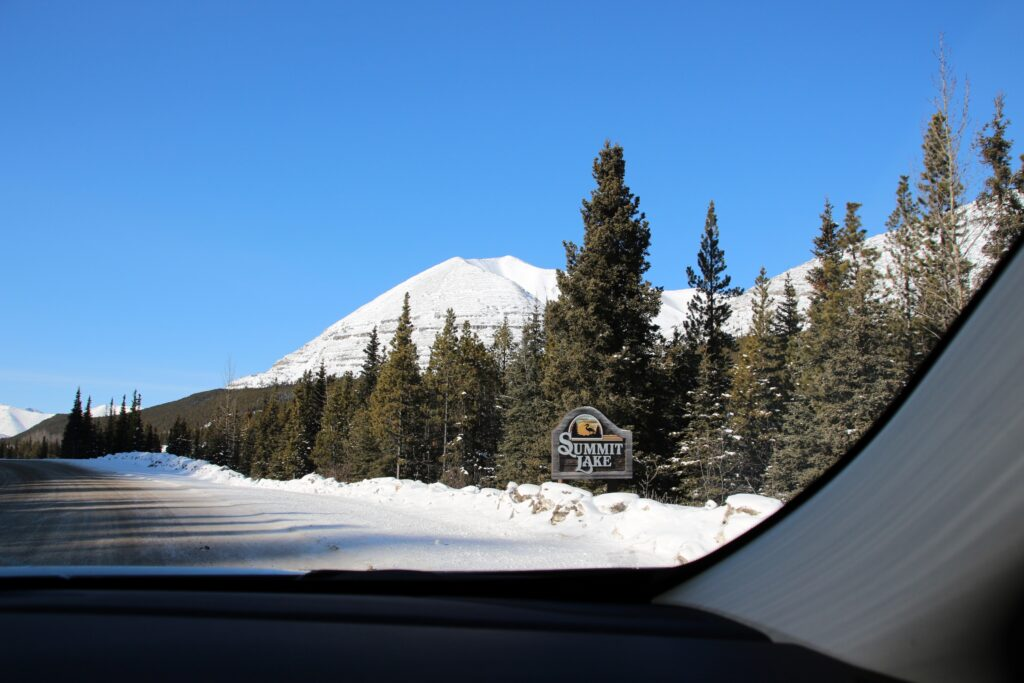 Summit Lake road sign