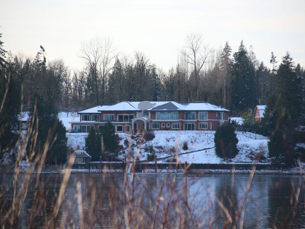 Luxury housings on Fort Langley side across Fraser River