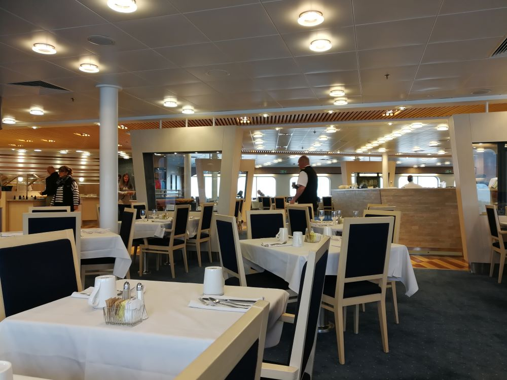 BC Ferries Northern Expedition restaurant